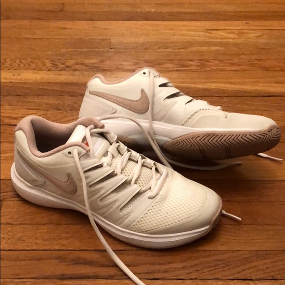 Opiáceo Juguetón Seguro  Nike Shoes | Nikecourt Air Zoom Prestige Tennis Shoes | Poshmark
